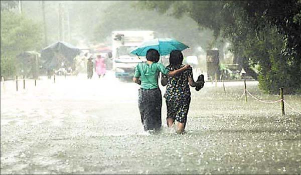 मध्यप्रदेश में बारिश का दौर जारी, गुना में छह इंच से अधिक वर्षा