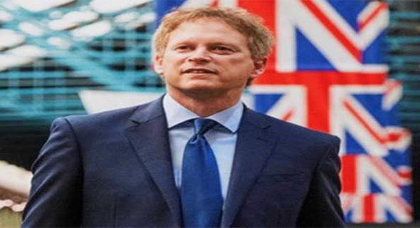 ब्रिटेन , अमेरिका नवंबर में ट्रांसलांटिक उड़ानें बहाल करेंगे