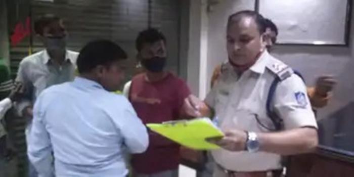 मुरैना के राजश्री होटल के मैनेजर ने जहर खाया, कमरे में मिला शव