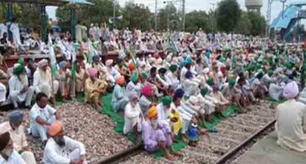 रेल रोको आंदोलन के कारण उत्तर भारत में 28 से अधिक ट्रेनें प्रभावित