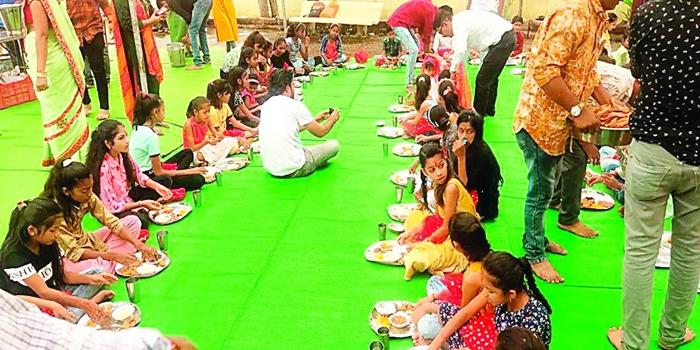 नवरात्रिः मां वैष्णोदेवी दरबार में हुआ कन्या भोज